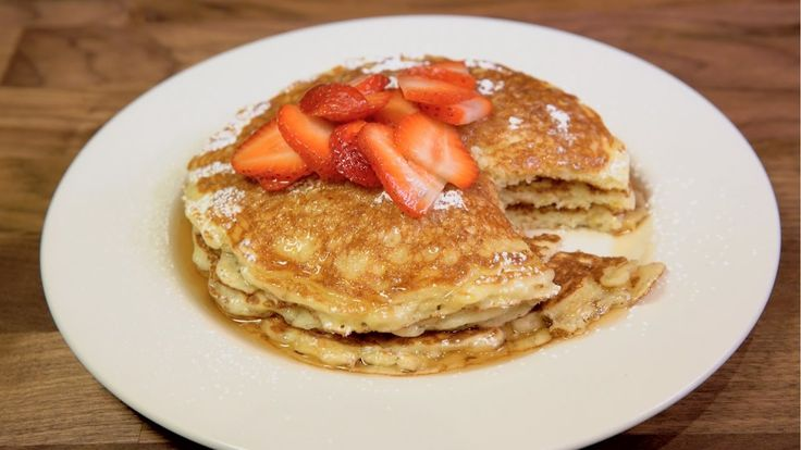 The Cheesecake Factory: Lemon-Ricotta Pancakes