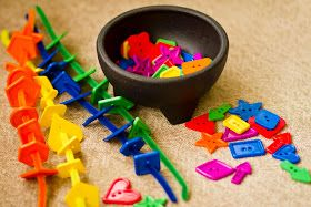 Early Childhood Education * Resource Blog: Pipe Cleaner & Button Color Match
