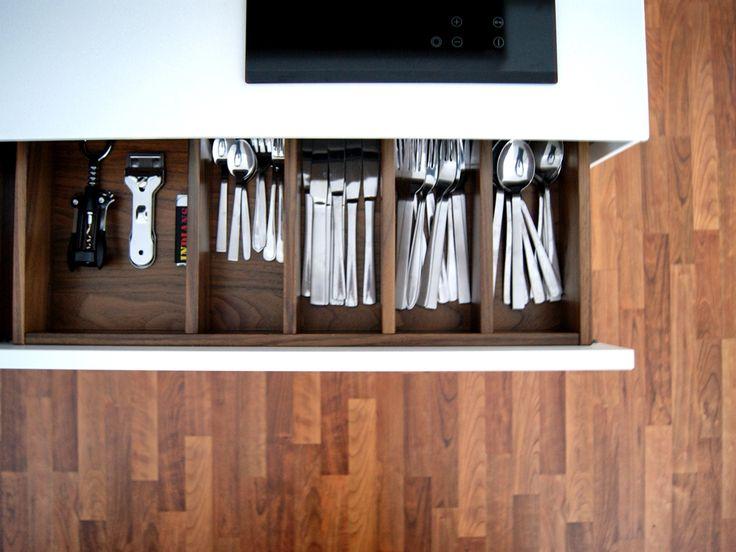 Bestecklade | Küche | Schauraum | krumhuber.design   #planung #einrichtung