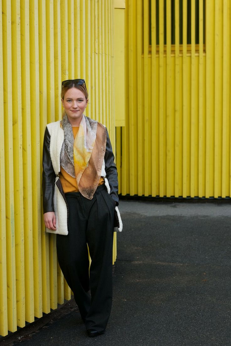 Wearing:  Detacheable bottom blazer, 99€ Available here: http://on.fb.me/15a19dy