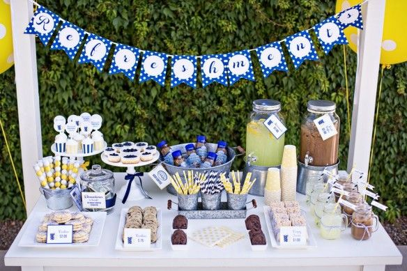 How to Host a Lemonade + Iced Coffee Stand :: International Delight