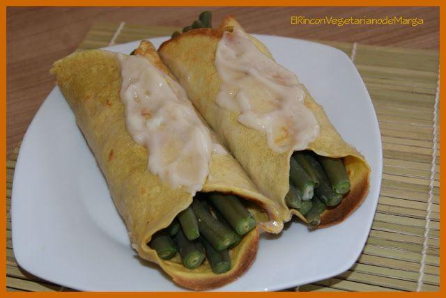 Crepes sin huevo al curry con judías verdes a la bechamel