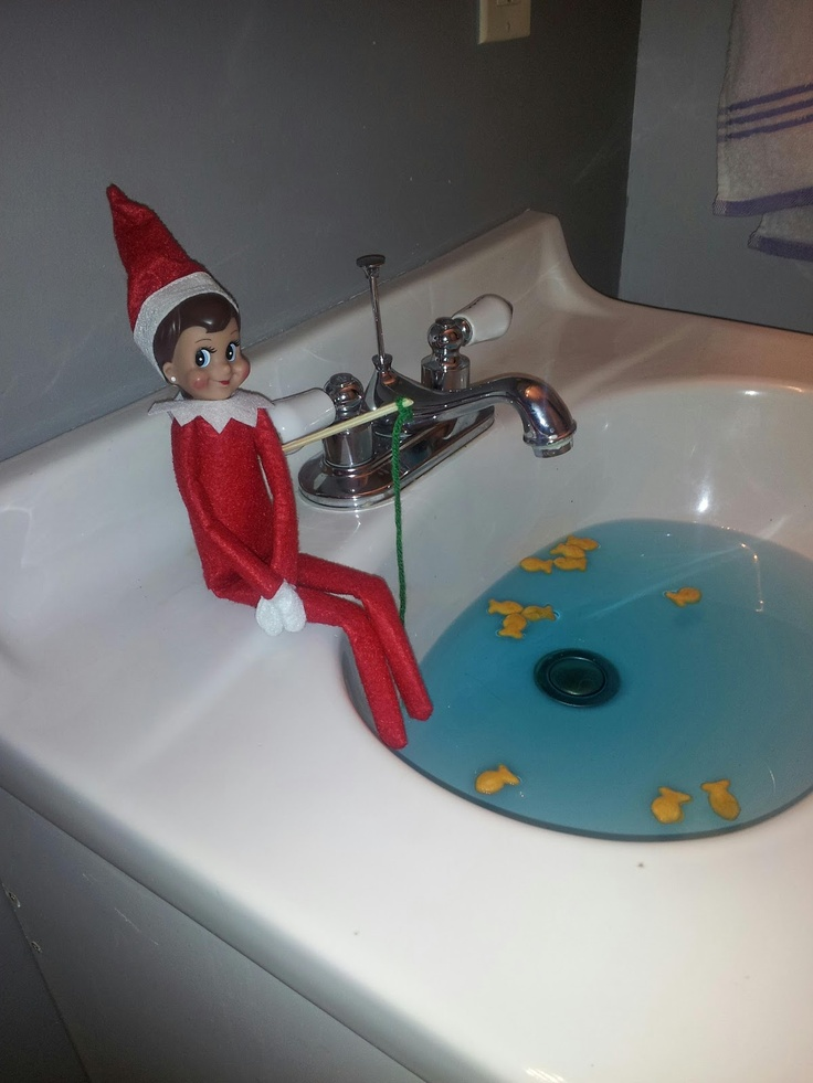 17 best images about elf on a shelf on pinterest shelf for Elf on the shelf bathroom ideas