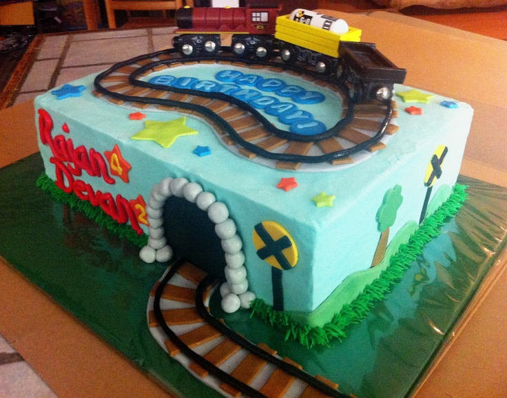 train+cakes Cakes by Mindy: Train Sheet Cake 9