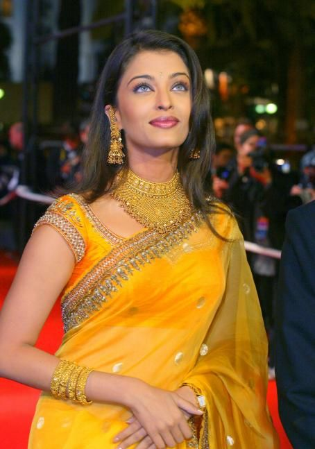 "Aishwarya Rai - ""Devdas"" Screening At The Cannes Film Festival On 23 May 2002"