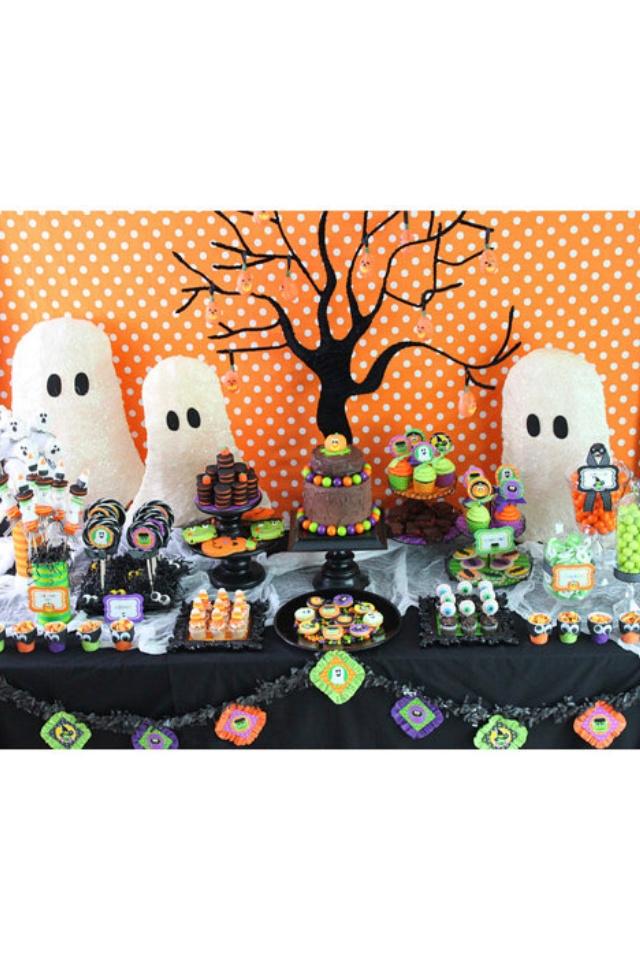 Mejores 132 im genes de decoraci n fiestas en pinterest - Decoracion mesa halloween ...