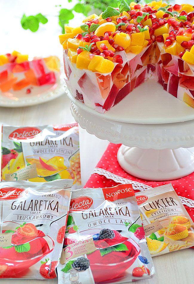Lekki sernik jogurtowy z owocowymi galaretkami
