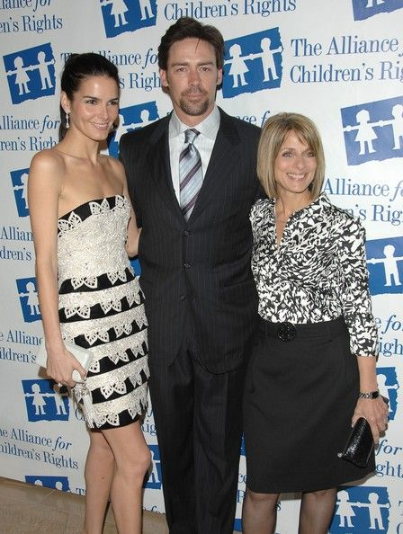 Angie Harmon Jason Sehorn Photos - (L-R) Actor Angie Harmon, Jason Sehorn and the Alliance for Children's Rights' Janice Spire attend the 15th Annual Alliance for Children's Rights Awards Gala at the Beverly Hilton Hotel on March 10, 2008 in Beverly Hills, California. - 15th Annual Alliance For Children's Rights Awards Gala - Arrivals