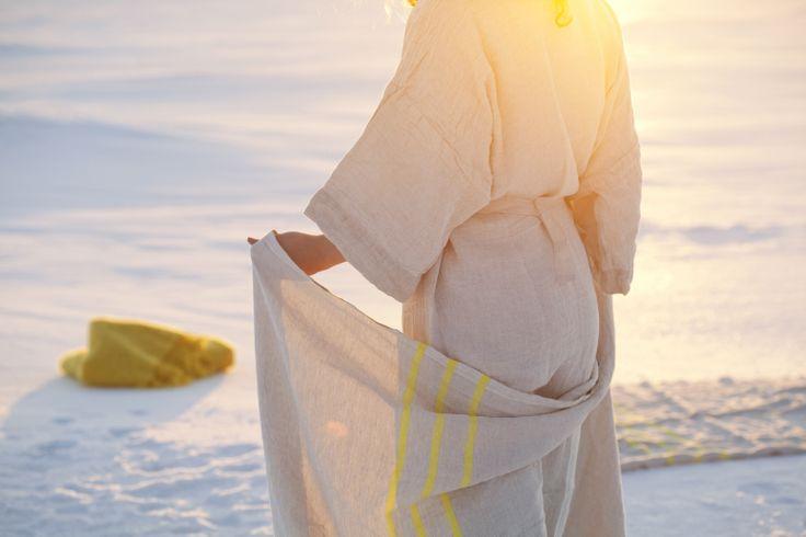 KASTE bathrobe and USVA towels.  Design Anu Leinonen. Made by Lapuan Kankurit.