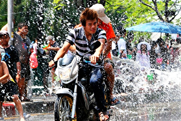 Songkran,Thailand (Giant water fight during the Thai New Year, where cleansing with water is meant to purify and renew)