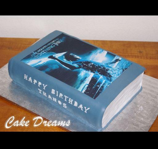 I want someone to make me this cake!!!
