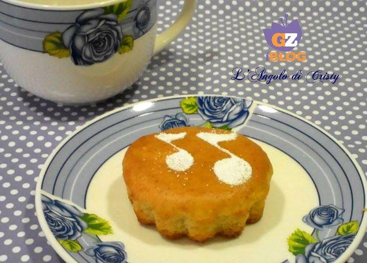 Delle tortine velocissime morbide delicate e sopratutto light senza uova e burro !! Ottime per colazione e merenda ..vediamo insieme la ricetta INGREDIENTI