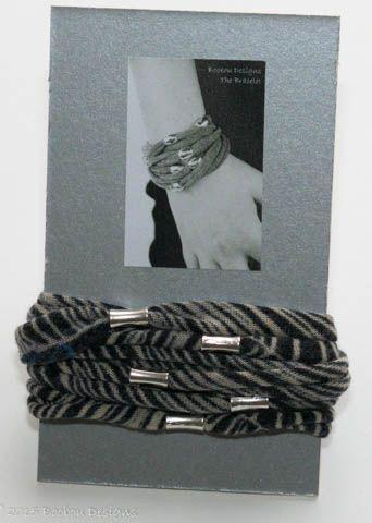 Blue Print Beaded Bracelet