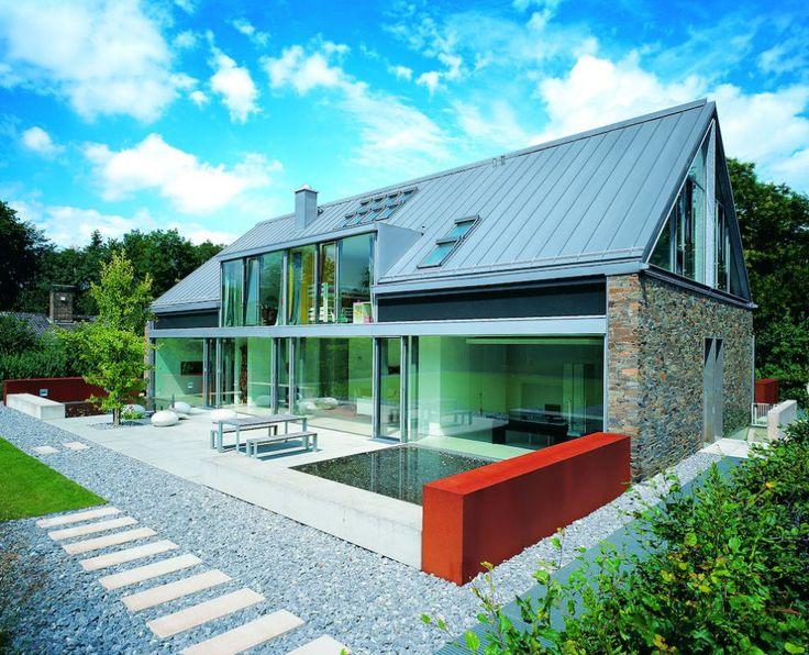 Nice zinc roof arch double gable pinterest for Modern zinc houses