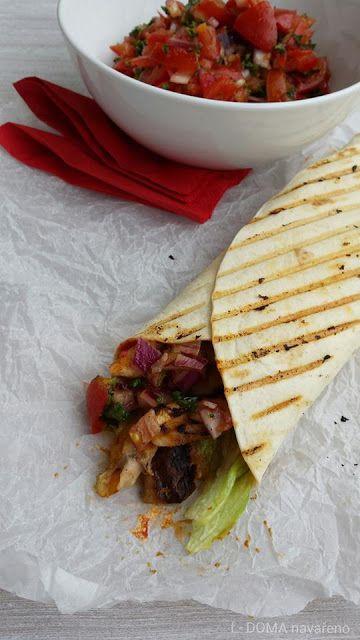 DOMA navařeno: Tortilla s kuřecím masem a salsou