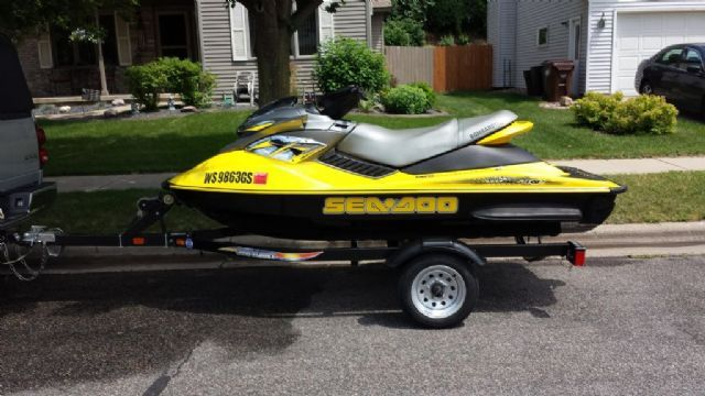 10 feet 2004 Sea-Doo Bombardier 2-3 Passenger Seated , Black and Yellow, 170 miles for sale in Onalaska, WI