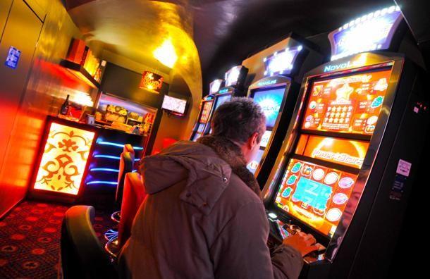 Un milione di italiani malati di gioco compulsivo, ormai è emergenza. Marco Baldini ha raccontato di non riuscire a pagare i troppi debiti accumulati.