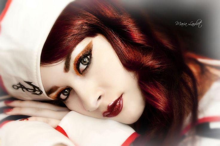 "https://flic.kr/p/dDxMJ9 | Sailor girl. | © All rights reserved. Use without permission is illegal! Selfportrait.   Photography/Edit/Makeup: María Lawliet  <a href=""http://www.facebook.com/MariaLawlietFoto"" rel=""nofollow"">Facebook Page</a>     Colaboración con Beautik. Maquillaje utilizado: -Paleta "" snapshots"" de sleek. -Gel eye liner negro de Catrice  -Lip lacquer. ""Take a ride on pegasus"" Fantasía de Essence -Máscara de pestañas voluminizadora Look 2. De Catrice."