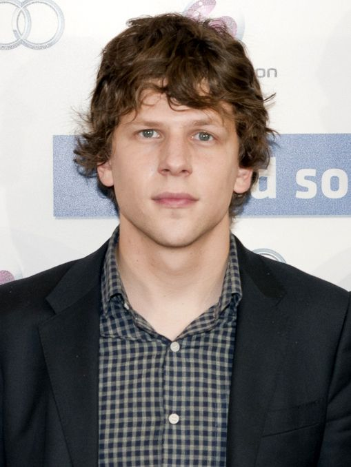 Jesse Eisenberg Spices Up Role as Lex Luthor in 'Batman v Superman: Dawn of Justice' - http://www.movienewsguide.com/jesse-eisenberg-spices-role-lex-luthor-batman-v-superman-dawn-justice/159150