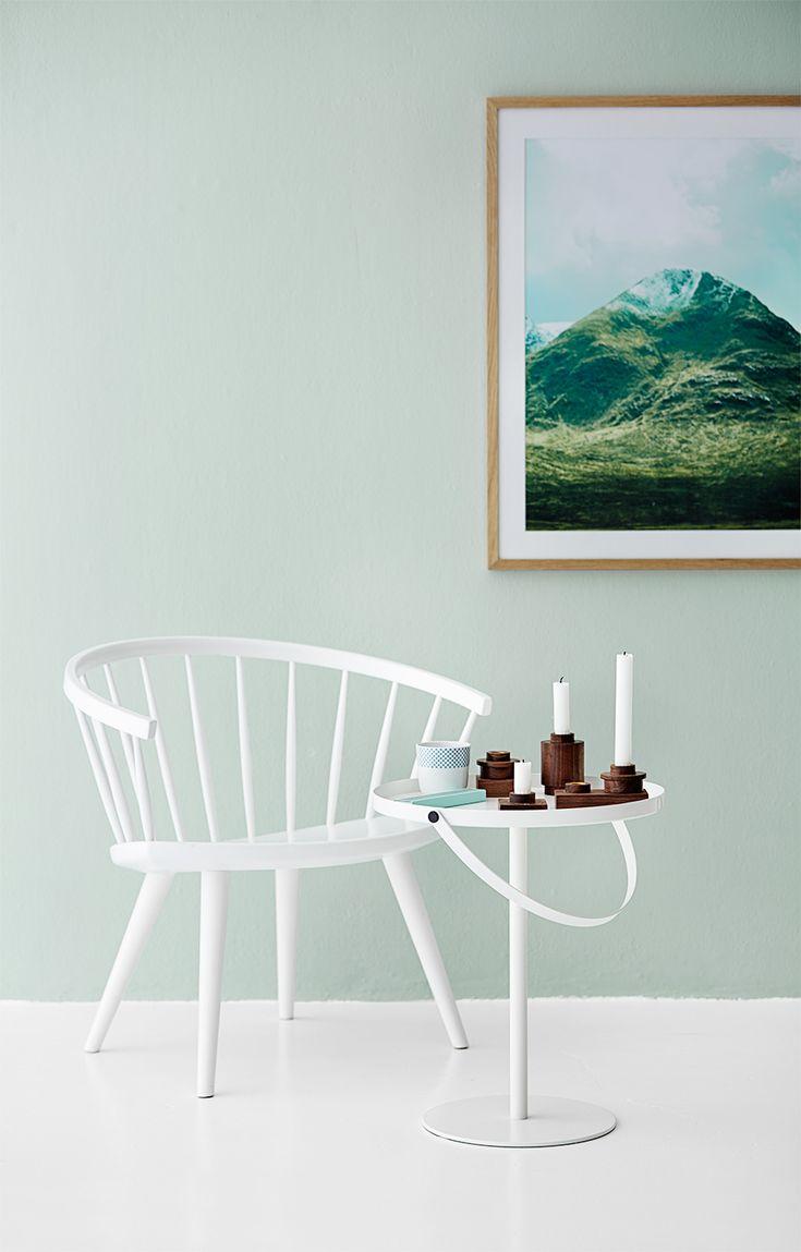 Att måla om hemma är ett av de roligaste sätten att förnya sitt hem på. Dessutom är färg trendigare än någonsin! Här är 25 fantastiska tips och idéer för dig som älskar att inreda med...