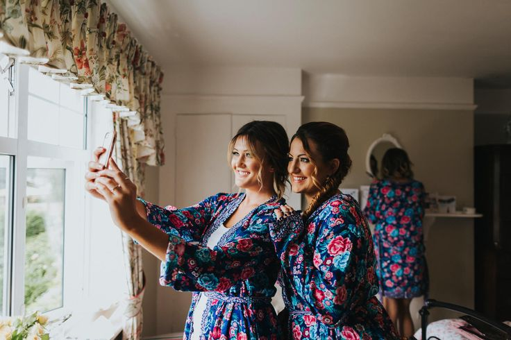 Bridesmaid selfie! Loving the bright dressing gowns too. Photo by Benjamin Stuart Photography #weddingphotography #selfie #bridesmaids #bridalprep #hairandmakeup #weddingday