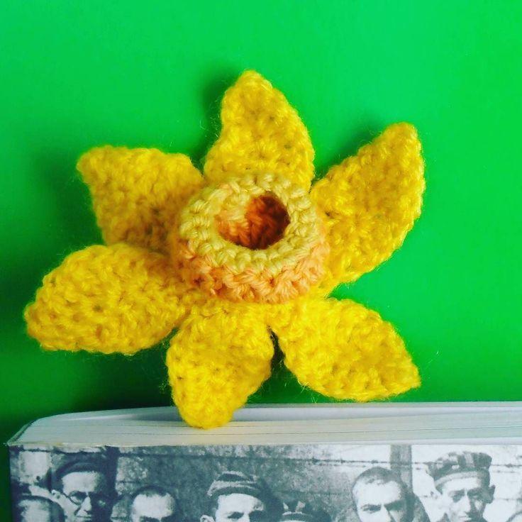 #żonkil #akcjażonkile #powstaniewgetciewarszawskim #narcissus #jonquilles #daffodils #warsawghetto #warsawghettouprising #crochet #bookmark #GawraStefana