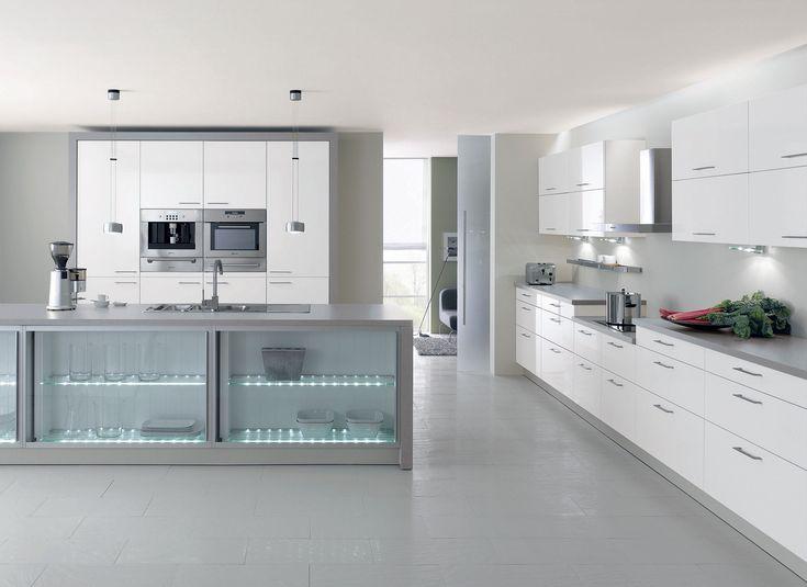 cuisine laqu e blanche lignes pur es et plan de travail satin gris ciel d 39 hiver cuisine. Black Bedroom Furniture Sets. Home Design Ideas