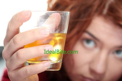 Are You An Alcoholic? 10 Signs to Help You Know When There is a Problem - IdealBite