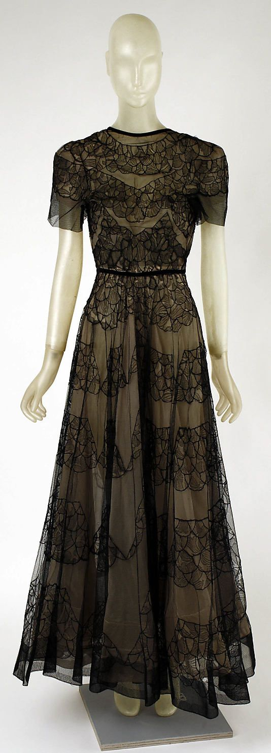 Dress, Dinner  Madeleine Vionnet  (French, Chilleurs-aux-Bois 1876–1975 Paris)  Date: 1937 Culture: French Medium: silk Dimensions: Length: 60 3/4 in. (154.3 cm) Credit Line: Gift of Mrs. John Chambers Hughes, 1958