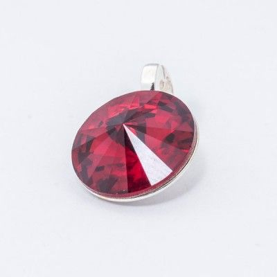 Silver plated Swarovski Rivoli Pendant 12mm Siam  Dimensions: length: 1,7cm stone size: 12mm Weight ~ 1,40g ( 1 piece ) Metal : silver plated brass Stones: Swarovski Elements 1122 12mm Colour: Siam 1 package = 1 piece Price 9.40 PLN(about 2.5 EUR)