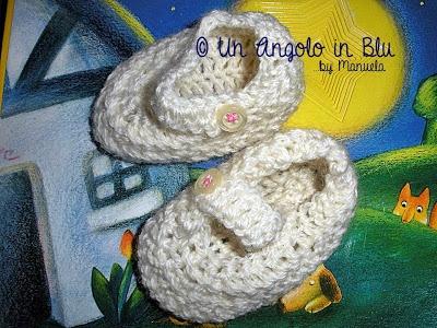 Creazioni Rita C. ... Only Handmade!: Le Scarpine Little Dolly di Manuela di Un Angolo in Blu