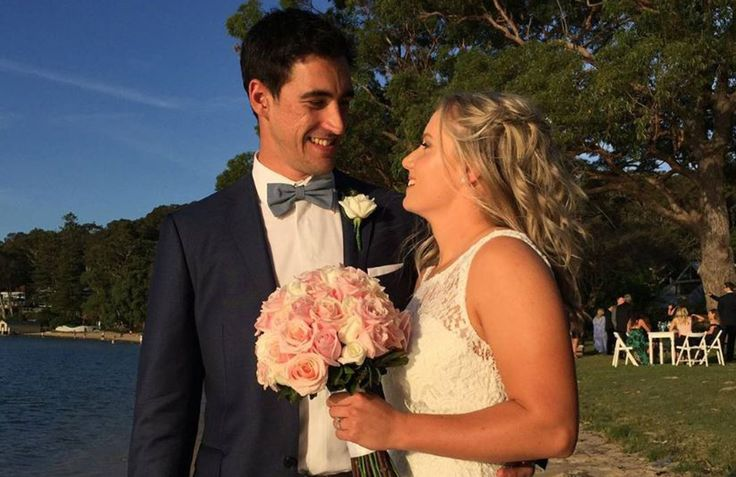 Australian fast bowler Mitchell Starc and Southern Stars wicketkeeper Alyssa Healy have married in Sydney