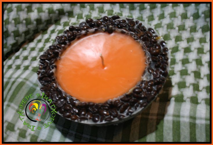 Vela de cafe y naranja, con aroma de naranja