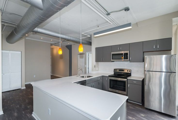 222 Saratoga Apartments in Baltimore, MD | Modern Design, Converted Loft Style Spaces