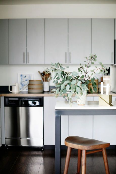 the seattle condo one designer styled--for himself