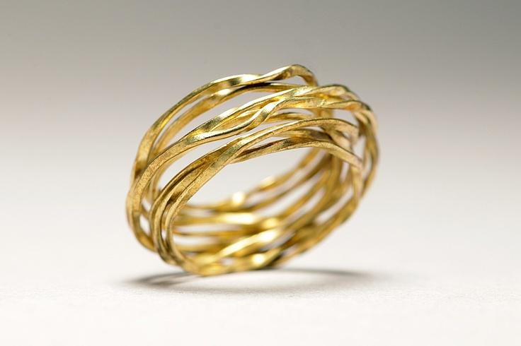 http://www.socapristi.com/bague-laiton-anneaux-bagues-createurs-bijoux-fantaisie-tendance.html