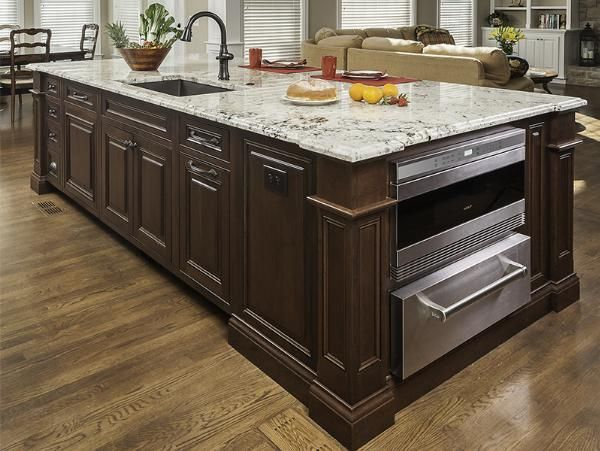Mouser Cabinetry   Island Features