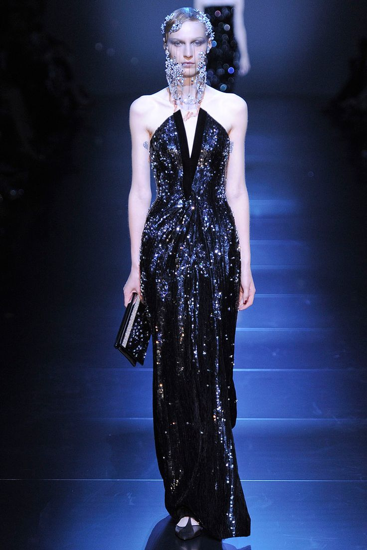 Armani Privé Fall 2012 Couture - Review - Fashion Week - Runway, Fashion Shows and Collections - Vogue - Vogue