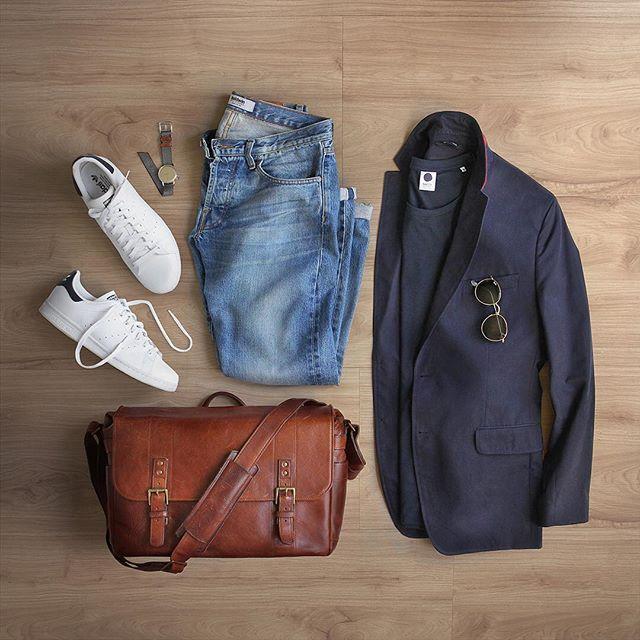 Tone on tone, navy on navy. Watch: @miansai M12 Gray Nylon Strap T-Shirt: @nonationality07 Sunglasses: @rayban Round Blazer: @bananarepublic Denim: @baldwin Shoes: @adidasoriginals Stan Smith Bag: @onabags