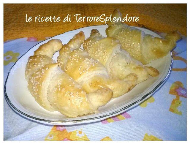 Le ricette di TerroreSplendore: Cornetti di pasta sfoglia salati