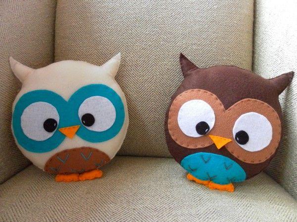Felt owl pillows/ almohadillas de buho en fieltro