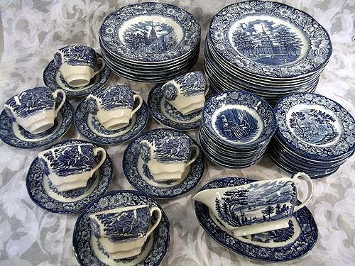 Sold BEAUTIFUL 59 PIECE STAFFORDSHIRE LIBERTY BLUE CHINA