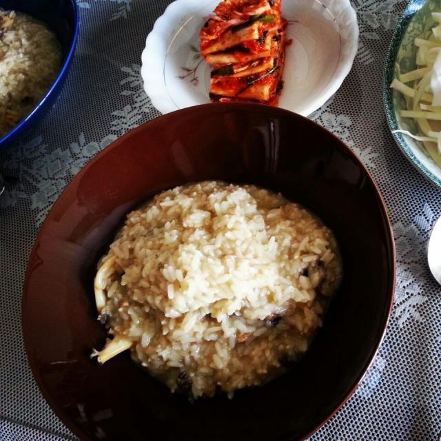 昨日の飲みすぎを察知されたかのような胃に優しい朝ごはん - 19件のもぐもぐ - 義母のHome made KOREAN food アワビ粥 by shino4minutes