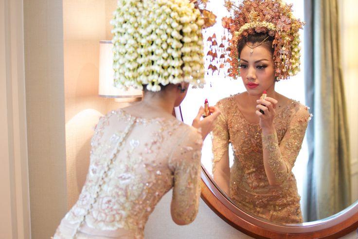 Pernikahan Adat Minang dan Jawa Bernuansa Rumah - Photo 8-9-15, 7 15 27 AM