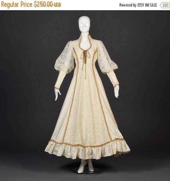 VENTE grand mariage médiéval robe Renaissance paysanne robe de mariée laçage Corset corsage Long évêque manches Vintage des années 1970 des années 70 Hippie Bohème