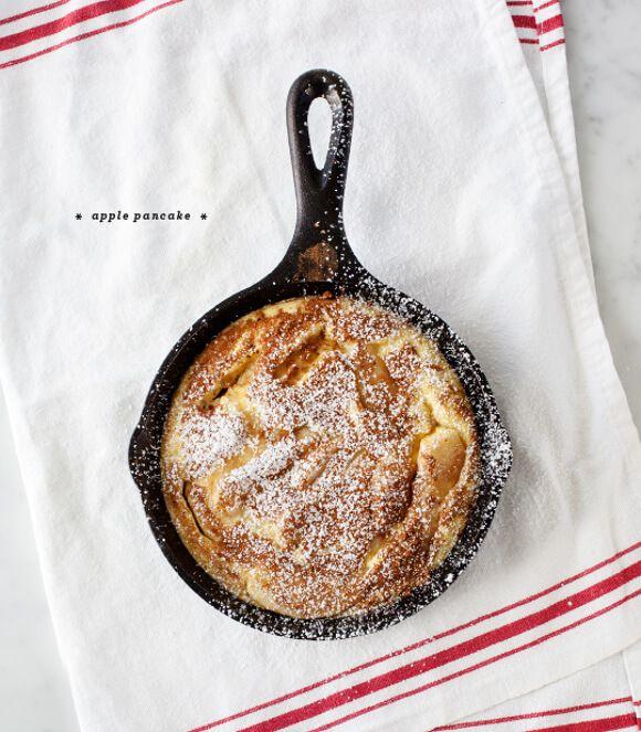 Apple Pancake : beurre, pommes, sucre, cannelle, œufs, lait, farine, levure