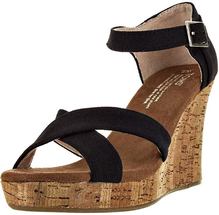 8 Most Comfortable Wedges for Travel