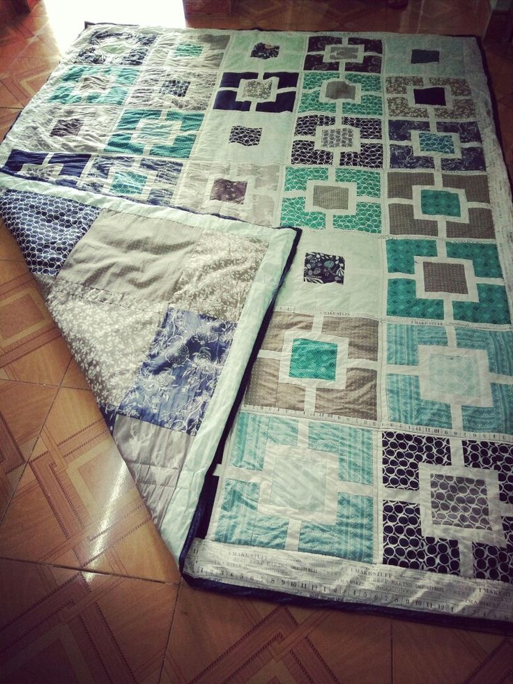 Blue blankets— quilts made by Hienpham
