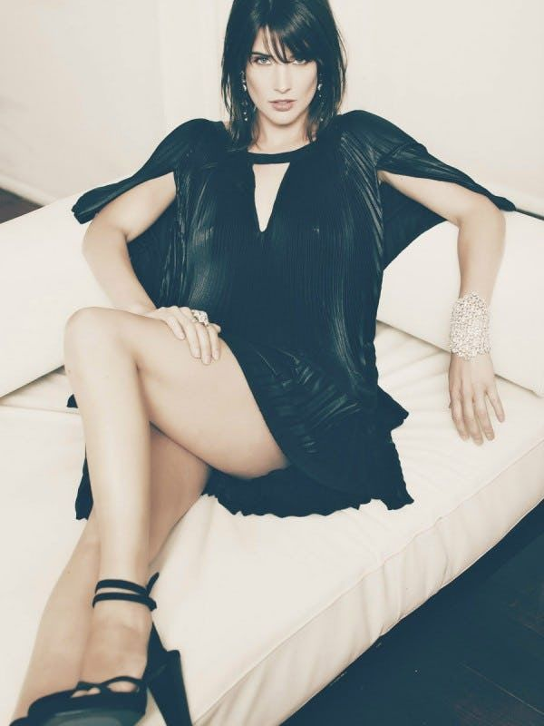 "Photo collection of celebrity Cobie Smulders, one of the hottest women in Hollywood. Cobie Smulders is the Canadian actress best known as Robin Scherbatsky on the CBS sitcom ""How I Met Your Mother."" Named after a great-aunt Jacoba, she is of Dutch and English descent. In 2012, Smuld..."