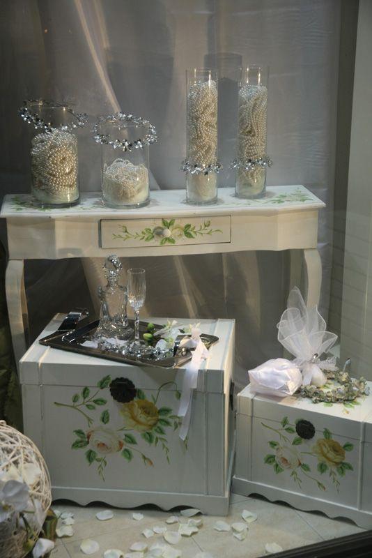 Ρομαντική διακόσμηση με ξύλινα αντικείμενα και κεριά!